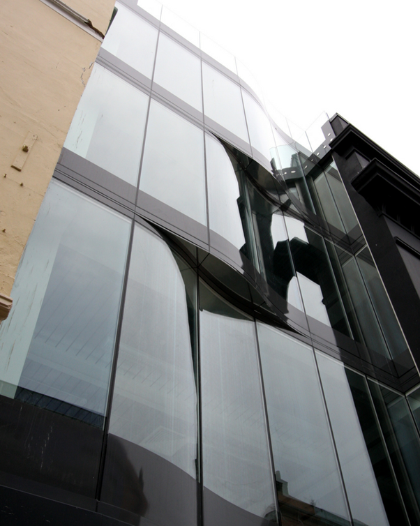 framless glass facade