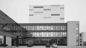 Umsetzung der schönsten Glasfassade